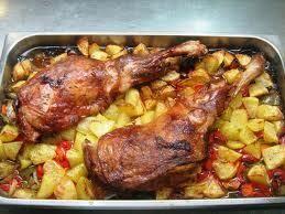 Lechazo asado al horno con patata asada