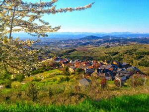 Vistas del pueblo de lombillo